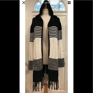 Almost Famous hooded cable knit fringe cardigan L